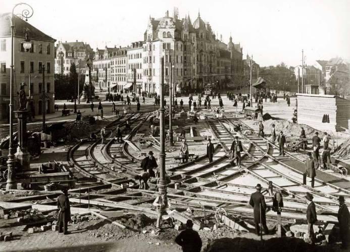 Gleisbauarbeiten am Plärrer um 1910