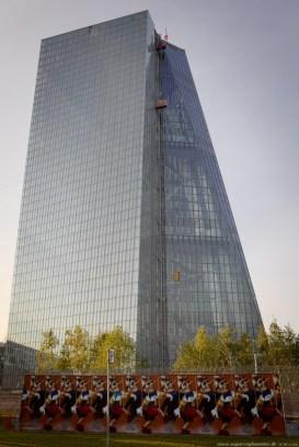 Graffiti am EZB-Neubau 8