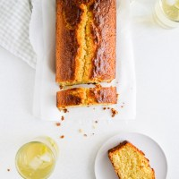 Kiwi lime loaf cake with yogurt
