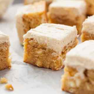 White Chocolate Malted Milk Blondies