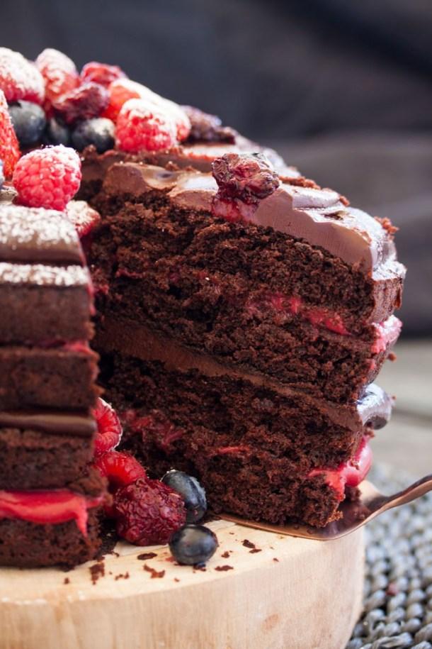 Blackberry Chocolate Cake With Ganache And Homemade Curd Chocolatecake Birthdaycake