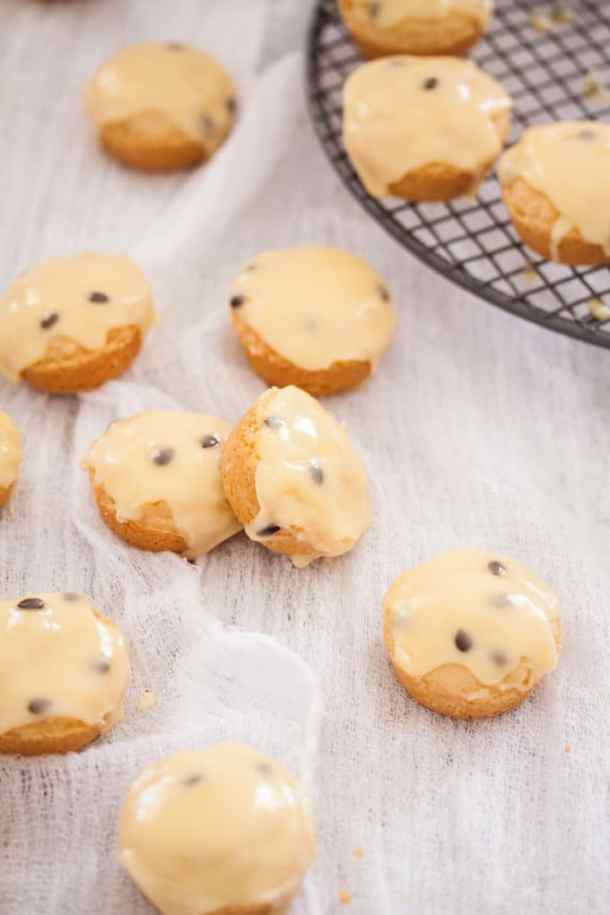 Vanilla Shortbread Cookies with Passionfruit Icing - the best shortbread recipe ever with easy icing