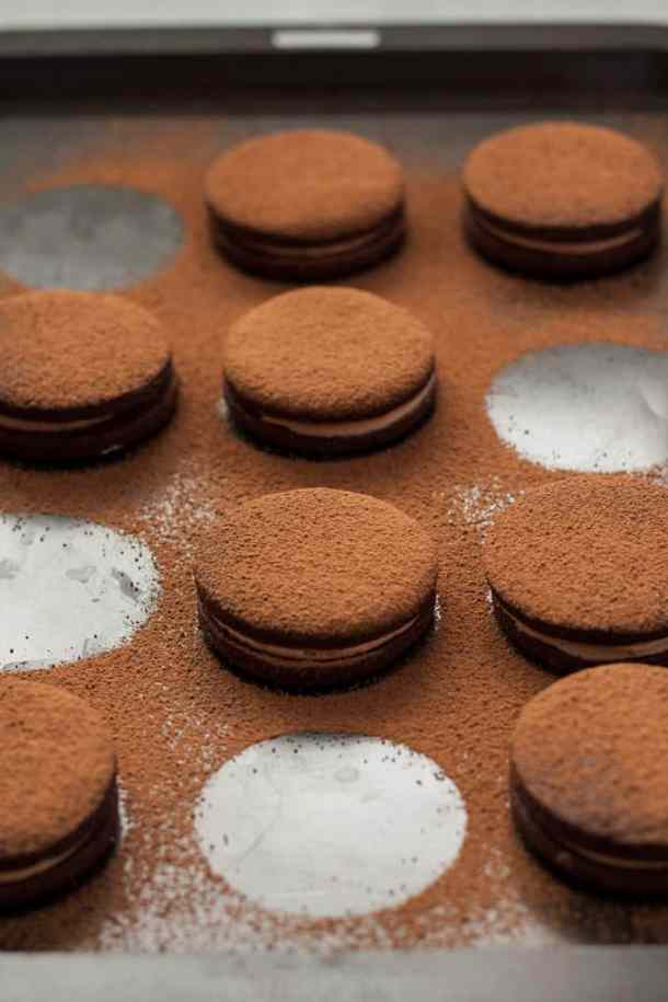 Nutella Chocolate Sandwich Cookies are not only delicious chocolate cookies filled with nutella, they are also super simple food processor cookies.