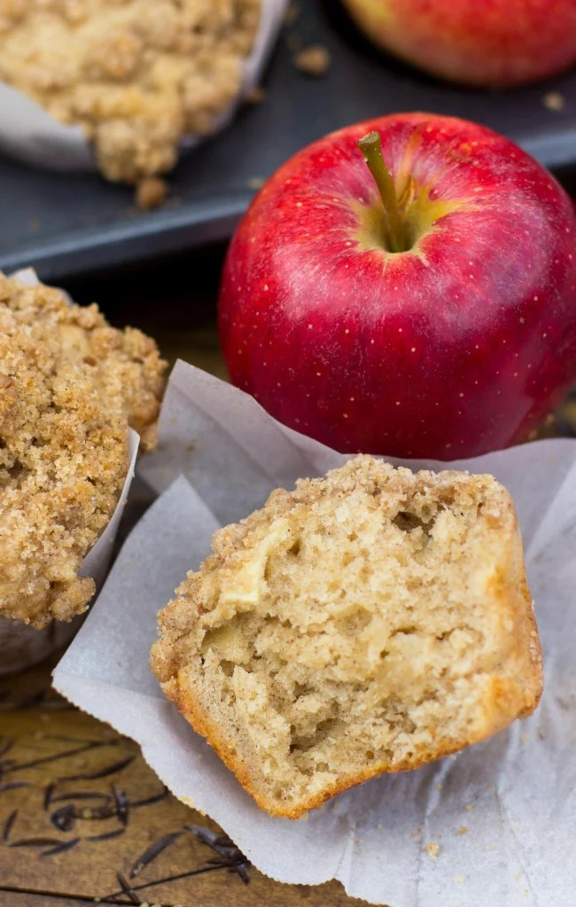 interior of apple crumble muffin
