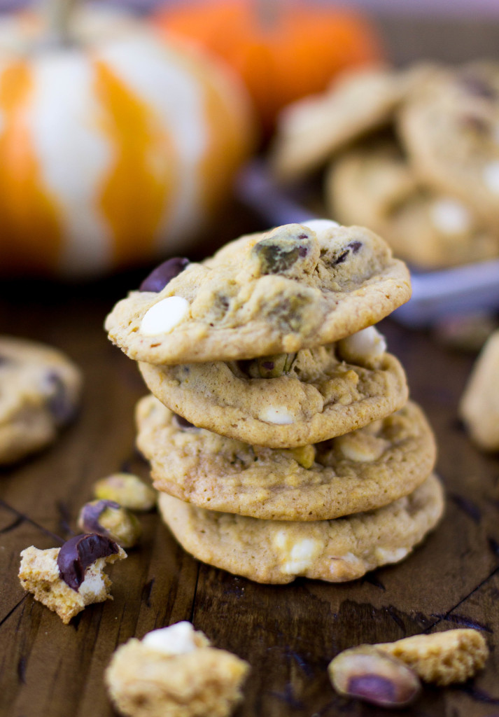 Soft, chewy (not cakey) pumpkin cookies with white chocolate, dark chocolate, and pistachios || SugarSpunRun