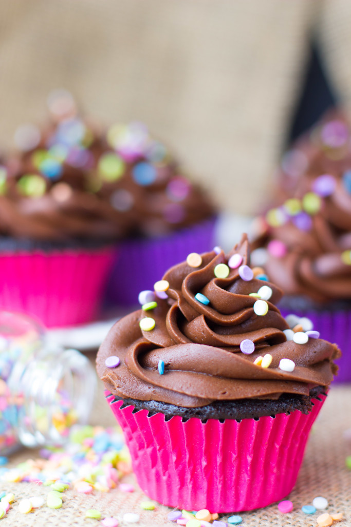 easy chocolate cupcakes (1 of 1)-6