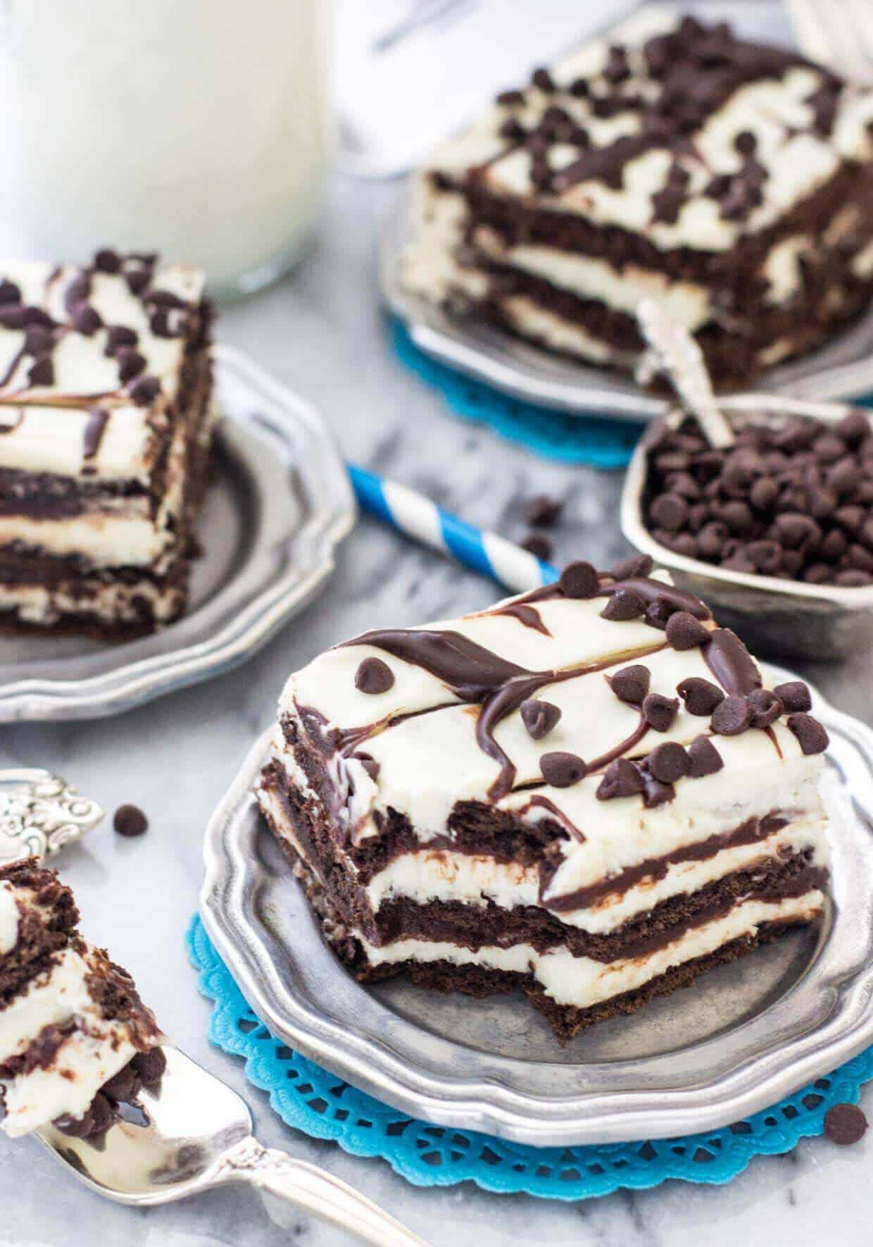 Chocolate Icebox Cake -- www.SugarSpunRun.com