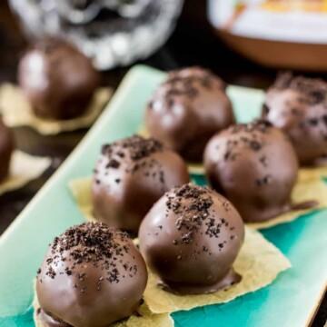 Oreo nutella truffles arranged on a plate