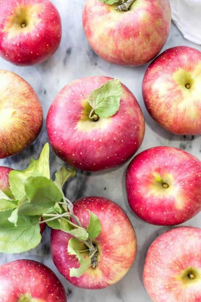 Apples for my favorite apple pie -- made with sour cream || Sugar Spun Run