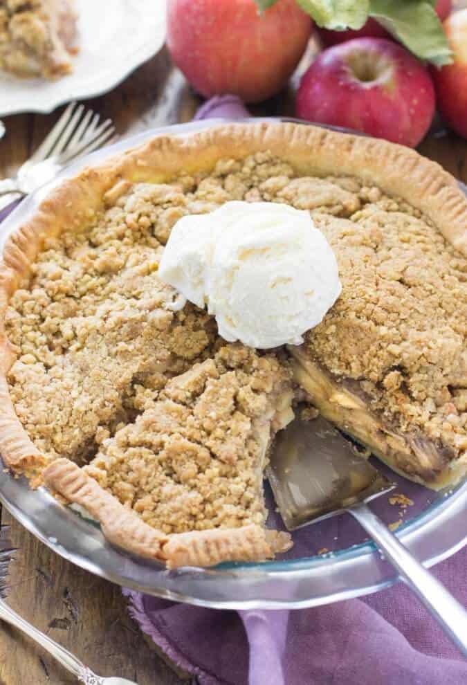 My favorite apple pie -- made with sour cream || Sugar Spun Run