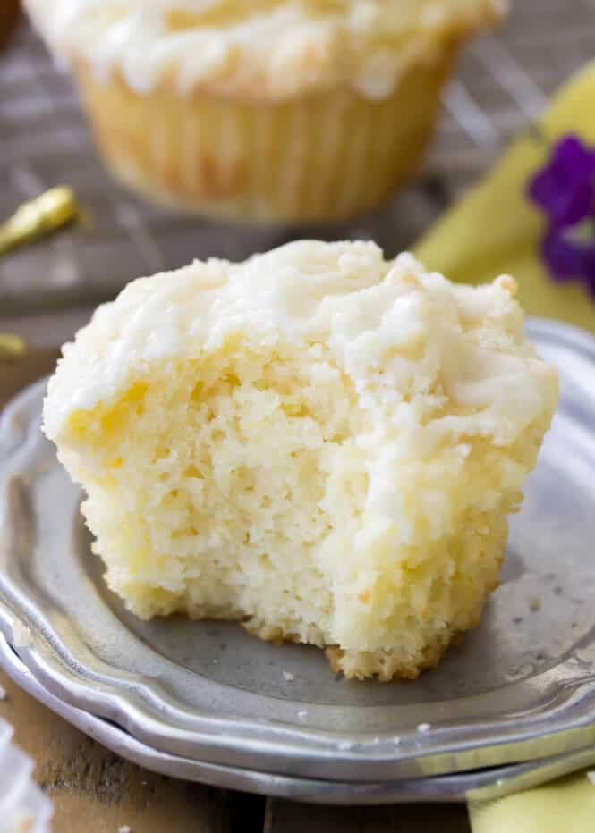 Soft and fluffy lemon muffins || Sugar Spun Run