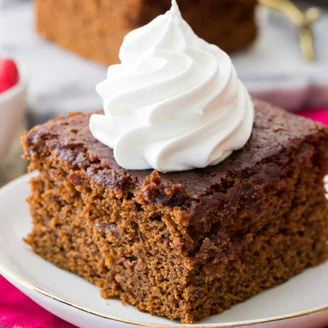 Gingerbread slice with whipped topping