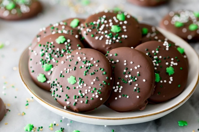 Thin Mint Copycat cookies on plate