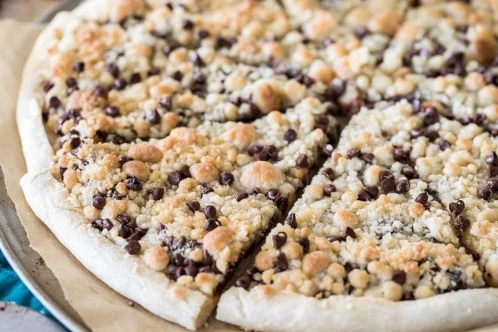 Chocolate Chip Dessert Pizza Slices