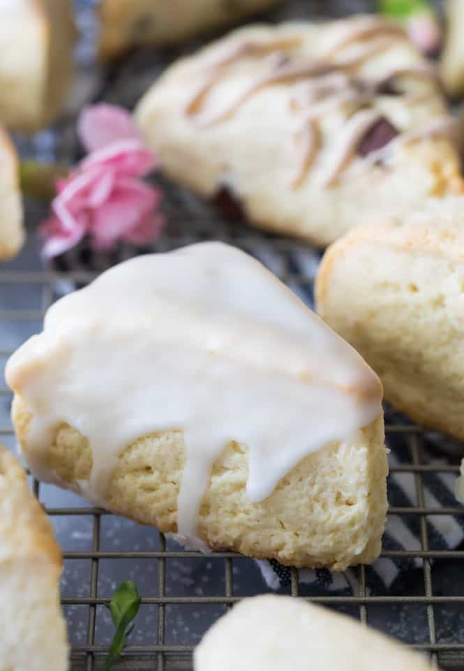Lemon flavored scones with lemon glaze