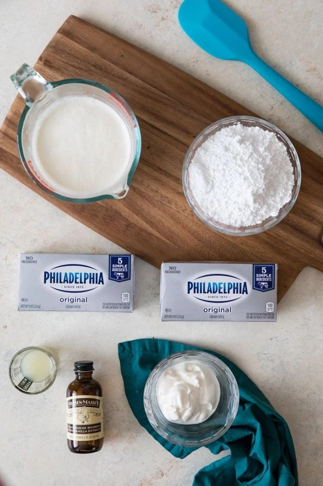 Ingredients for no-bake cheesecake