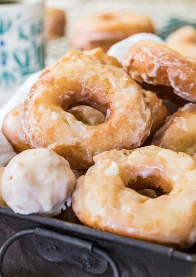 How to make sour cream donuts