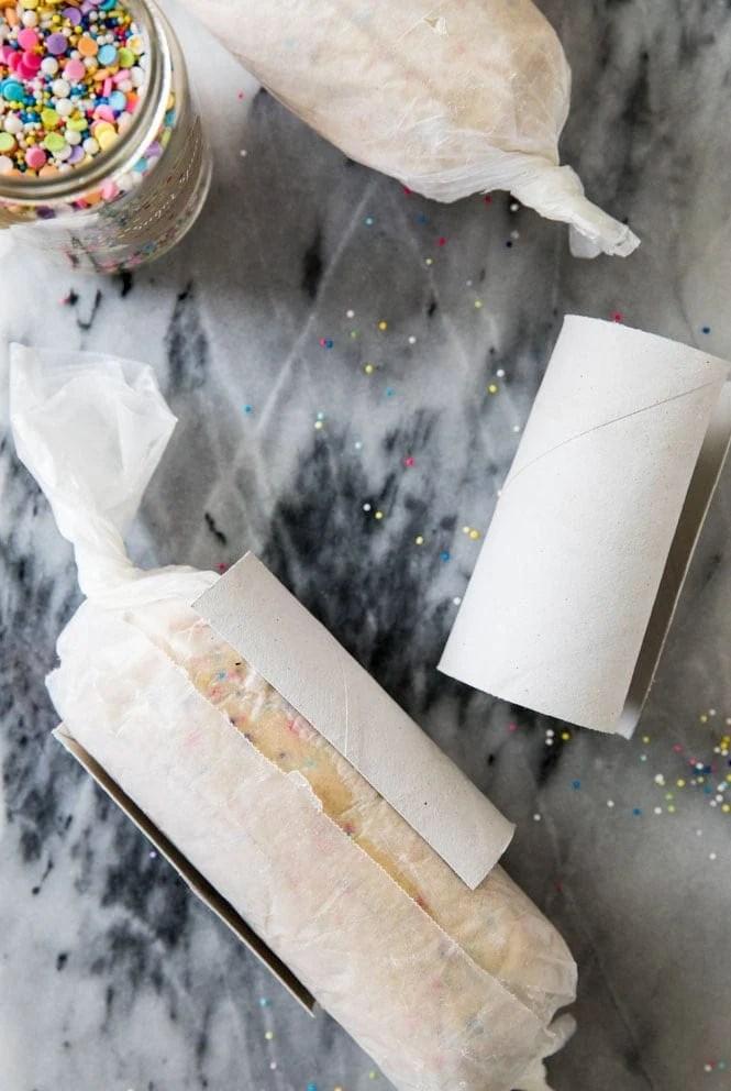 using paper towel rolls to keep slice & bake cookies round
