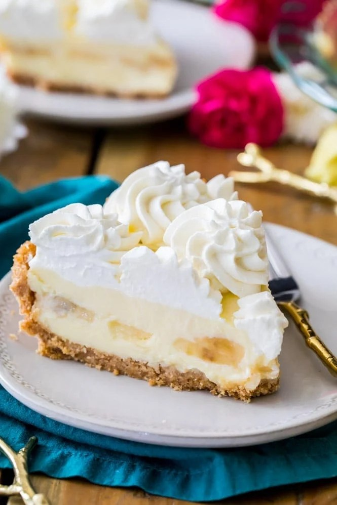 Slice of banana cream pie on a plate