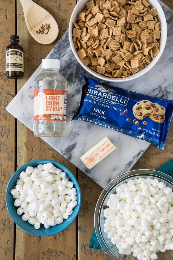 Ingredients for S'mores cereal bars