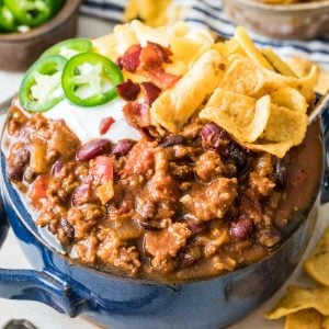 the best chili in a blue bowl