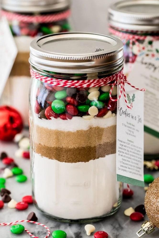 Giftable Cookie Mix In A Jar With Free Printable Sugar Spun Run