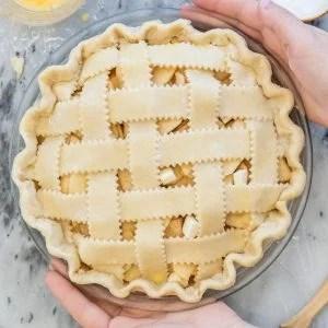 Lattice pie crust