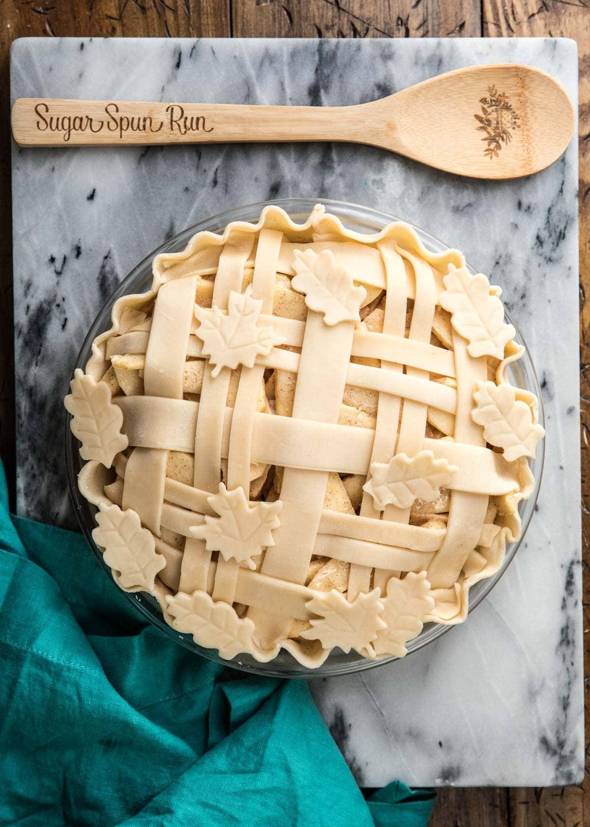 intricate lattice pie crust