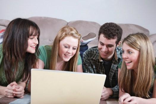facebook_teenagers