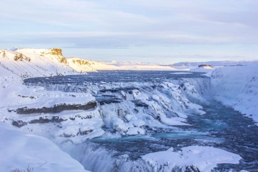 Gullfoss waterfall golden cirlce solo female travel icelend winter roadtrip_1
