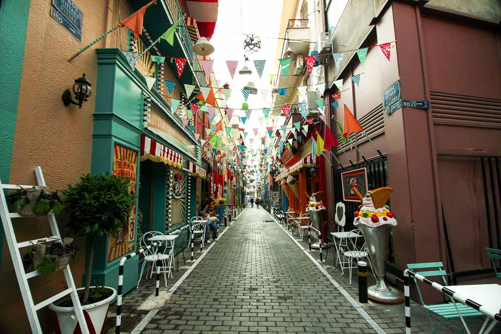 Psirri street