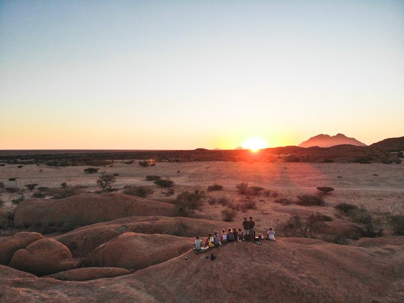 camping overland tour acacia Africa