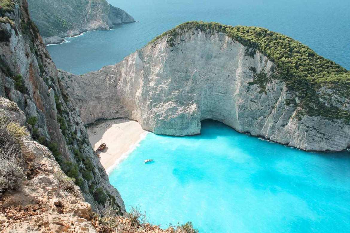 Island hopping in Greece the ultimate travel itinerary
