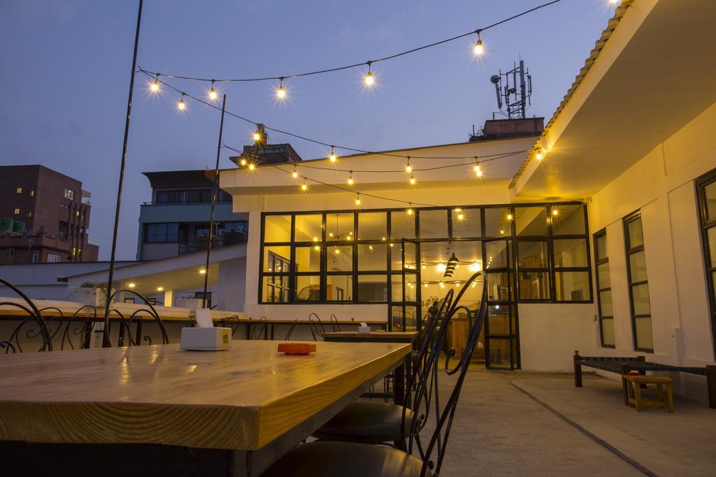 Yakety Yak Hostel