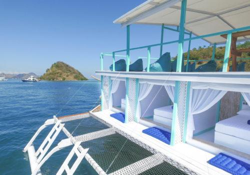Le Pirate Boatel - Komodo Islands