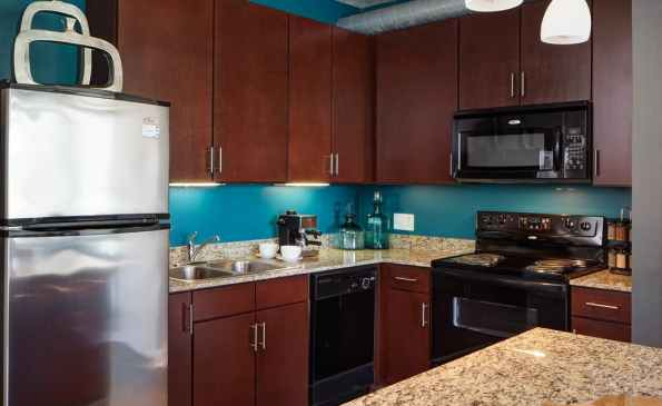 99e159ab216294d0c01887be0c45786a90f01d43_900_interior_kitchen-2