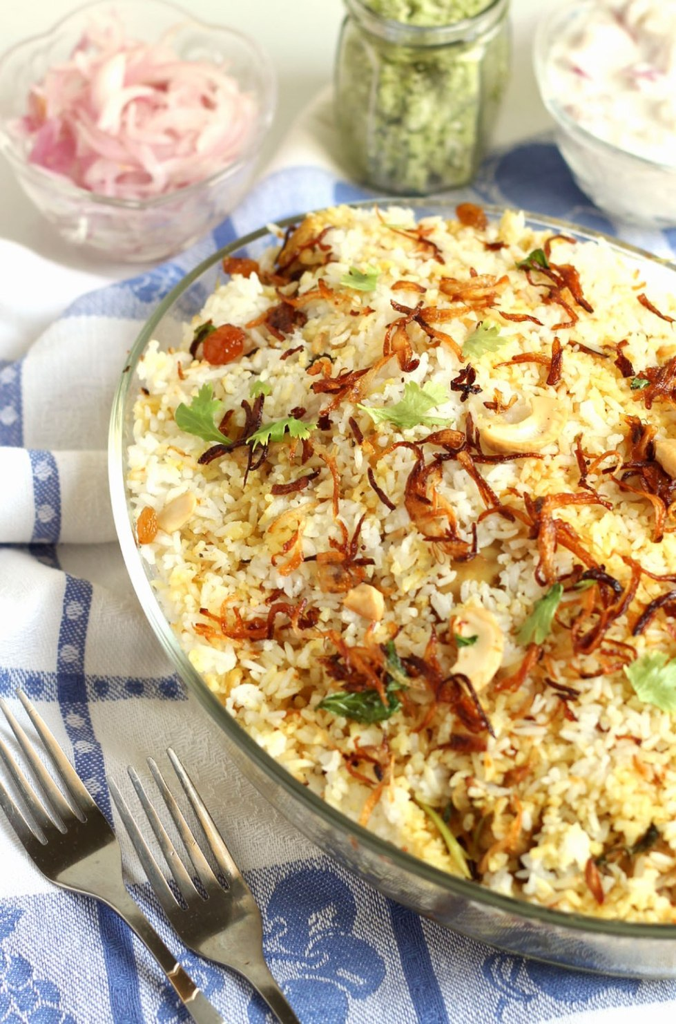 Kozhikodan biriyani or malabar biriyani recipe sujis cooking the kozhikodan biriyani is famous for its special taste and aromae main ingredients of this delicious biriyani is chicken gheespices and the special forumfinder Image collections
