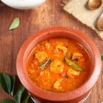 Malabar prawn curry or chemmeen mulakitathu