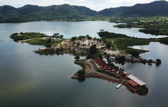 Pesca en Presa Picachos 2 días 1 noche para 12 personas | Sulasula