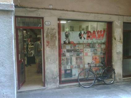 Crash Records Padova la vetrina