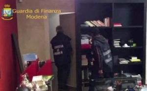 plafond_bunker_modena_finanza
