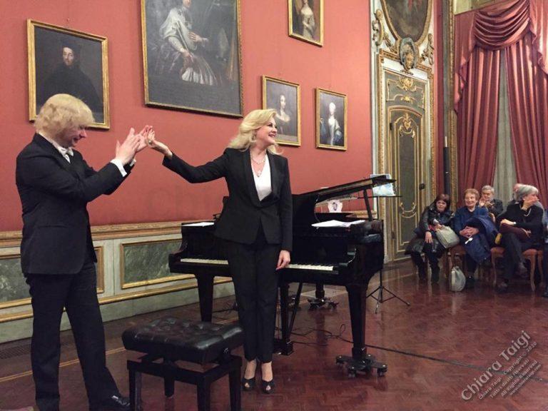 """CHIARA TAIGI Domenica in Fila per il Concerto """"InCanti Lirici"""" a Palazzo Barolo a Torino"""