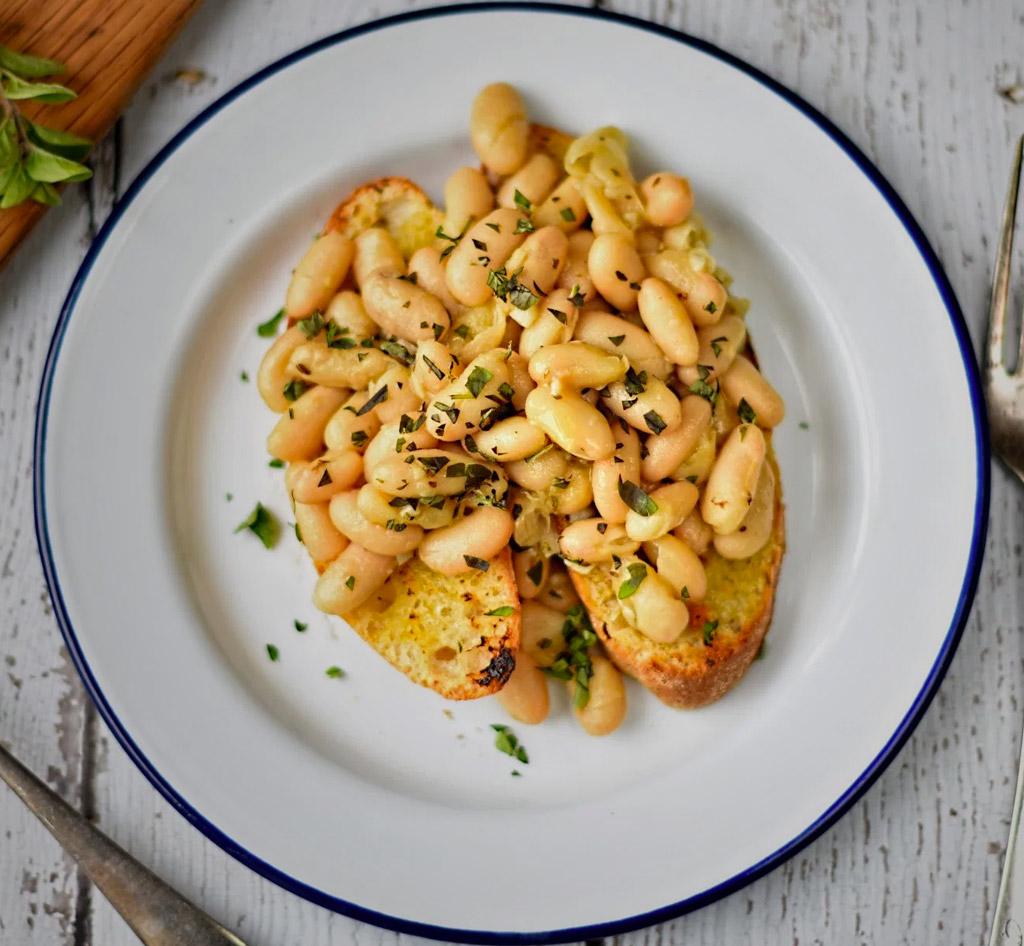 Cannellini Beans Oregano & Garlic
