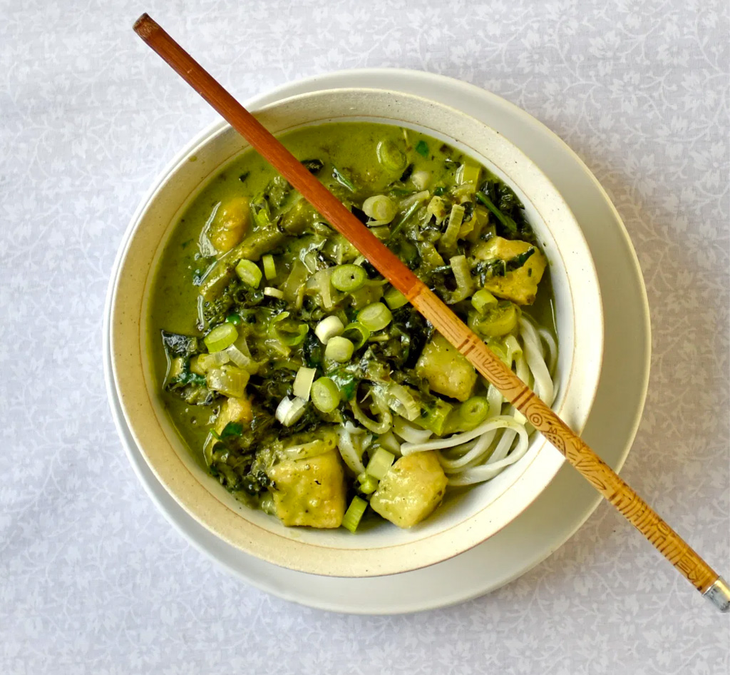 Green Curry with Noodles
