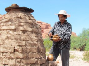Pottery and ceramics craftsmanship in the Calchaqui Valleys, Argentina