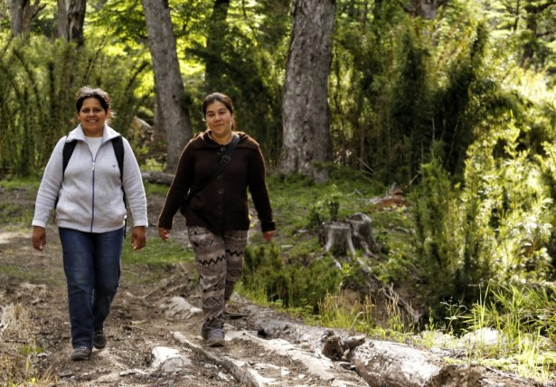 Our guide Maria Angelica, and host Lidia during our stay with the Mapuche