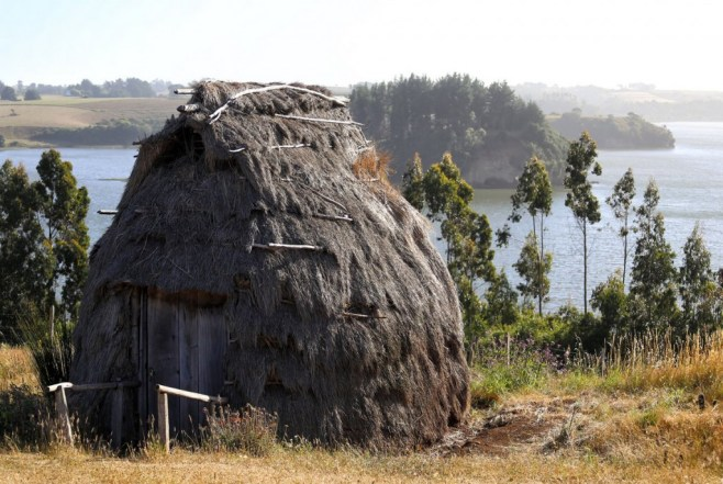Living in a ruka (hut) with the Mapuche in Lake Budi, Chile