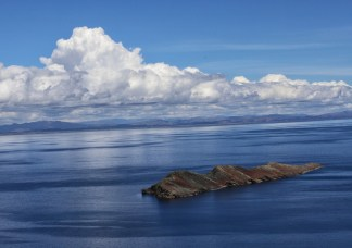A small island off the coast of Sun Island in the Lake Titicaca