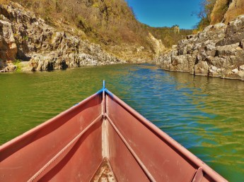Tranquil waters in the dry season in the Somoto Canyon, Nicaragua