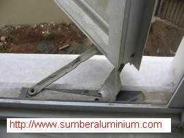 Jendela Aluminium buka Samping